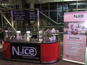 N2ice mobil im Airport Dresden